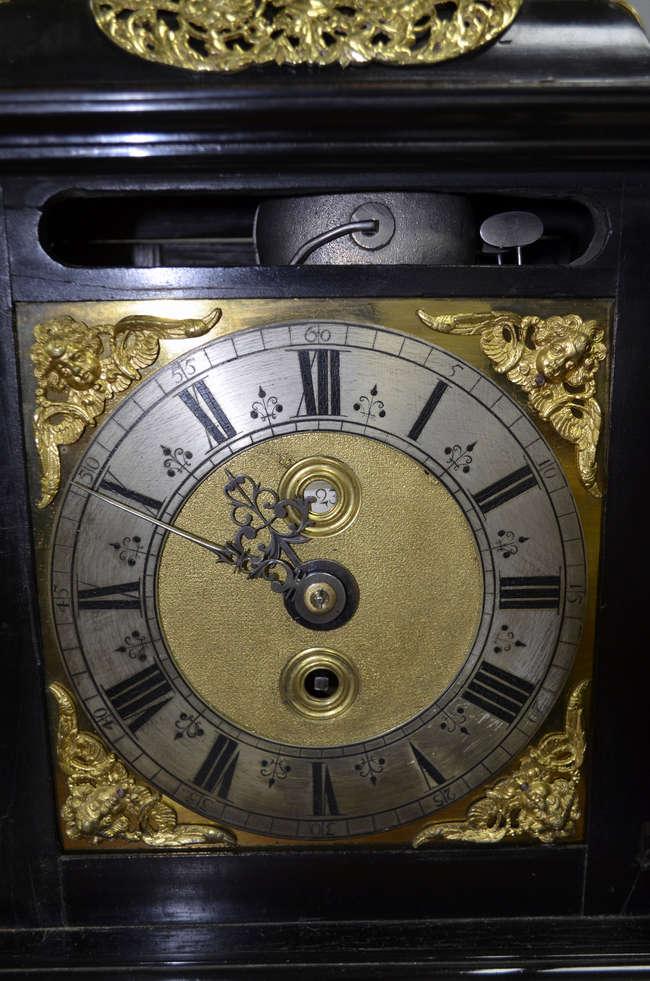 dating clock spandrels