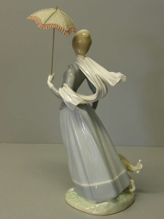 Lladro Figure Of A Lady With Parasol And A Hound 1 Lot 362 No Cat