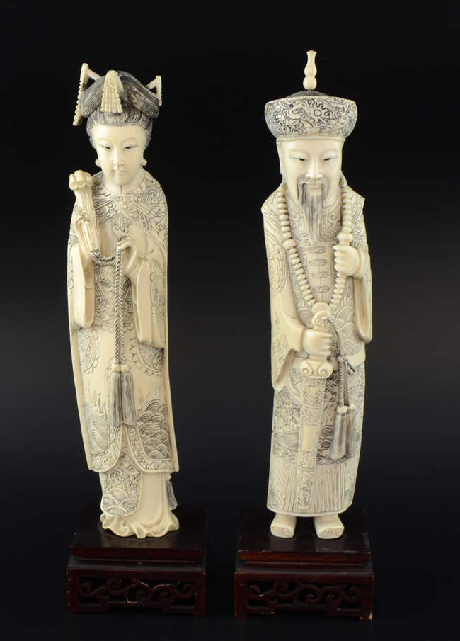 84e847eb5 Pair of early 20th century Chinese ivory carvings of an emperor and empress