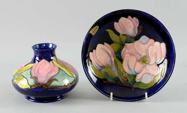 Moorcroft Pottery Magnolia Pattern Vase And Bowl Lot 205 No Cat