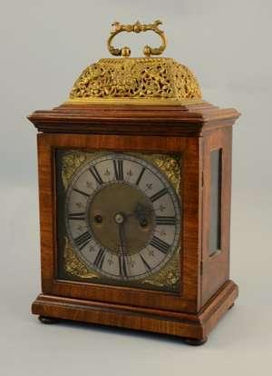 17th century walnut cased bracket clock by Thomas Pare