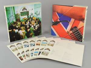 """Oasis - 'The Masterplan' 10"""" Vinyl Box set signed by Noel Gallagher"""