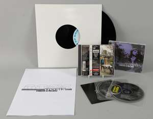 """Oasis - 'Familiar To Millions' Liam & Noel screen print No. 147/300, sealed single CD album, 3 track album promo CD, transcript of interview with Noel & Paul Connolly from The Times about the album, '10 Years Of Noise & Confusion' mint 10"""" vinyl pro"""