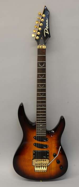 Dean DS92E-VS Electric Guitar with Floyd Rose, with case