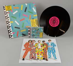 Kaiser Chiefs - 'Stay Together', signed CD album and unsigned LP vinyl record. CD booklet signed to front page in black by the band Ricky Wilson, Andrew 'Whitey' White, Simon Rix, Nick 'Peanut' Baines and Vijay Mistry. Opened (2). Ewbank's are waving