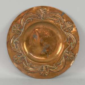 Arts and Crafts copper dish with foliate scrolling border 30cm diam