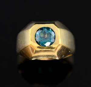 Modernist style ring set with strong green-blue apatite , 9ct