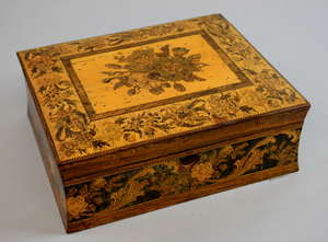 19th century Tunbridge ware  jewellery box with floral decoration, 9 x 27cm   Provenance: part of single owner collection of Tunbridgeware locally consigned