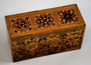 19th century Tunbridge ware ink well box with geometric patterned decoration, containing three ink bottles, 7cmx 14cm  Provenance: part of single owner collection of Tunbridgeware locally consigned