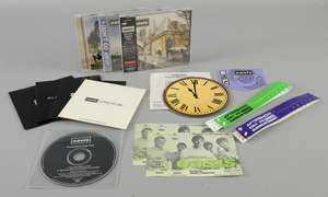 Oasis - Be Here Now CD signed by Noel Gallagher & promo CD