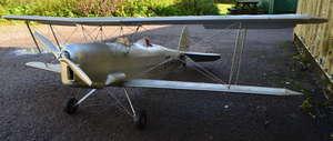 Large model bi-plane, 60cm (h) x 210cm (w) x 170cm (d).