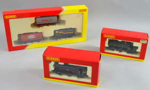 Two Hornby locomotives 'Class J52 Locomotive 68863' (R3121X) and 'Class 2721 Panner Tank 2773' (R3122X) together with a fuel wagon set, all boxed.