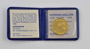 Royal Australian Mint, 200 Dollars royal wedding commemorative coin 1981, diameter 24mm, 22 ct with original case