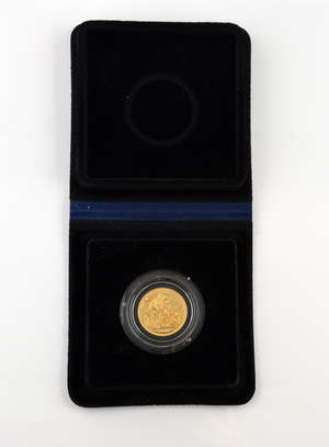 Royal mint issue,1979 full sovereign proof, in presentation case