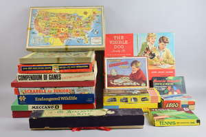 Collection of board games and Victory puzzles, Including Meccano 6 crane, 1960's The visible dog model kit, Faller B-220 The florist shop model kit and Waddington's The Battle of The Little Big horn board game