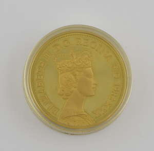 22ct gold coin, thirty years of the reign of her Majesty Queen Elizabeth II June 2nd 1953-1983, marked on the rim,  CM G916 22CT FYNGOUD 1OZ FINE GOLD PROVENANCE: Sold on behalf of Woking & Sam Beare Hospices.