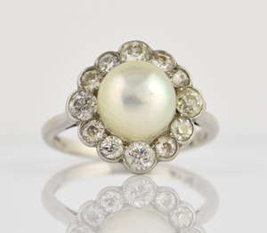123f7ced3d0 Diamond and pearl ring